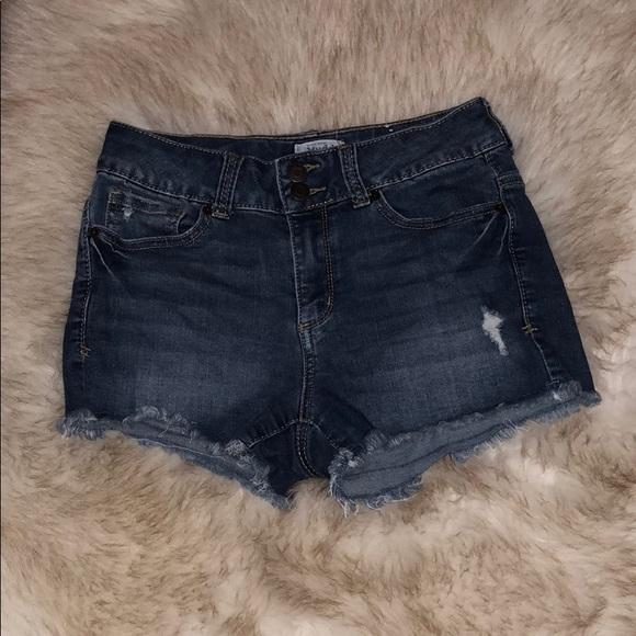 Mudd Pants - Mudd flx stretch Jean shorts